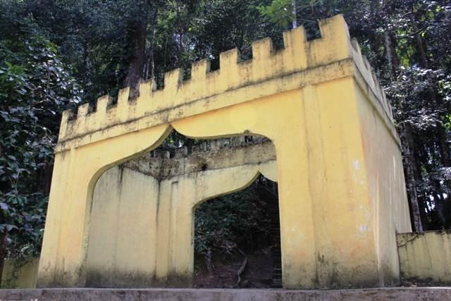 Gerbang Pejalan Kaki