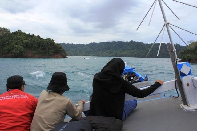 gelombang-karap-meubalek-boat